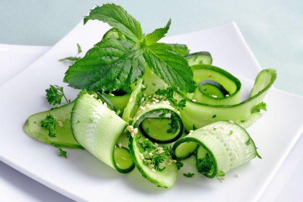 Салат из огурцов для похудения