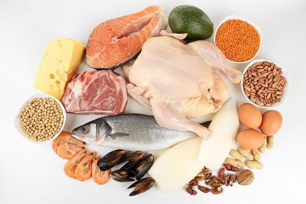 Белковые продукты для похудения полный список в удобных таблицах и советы по употреблению