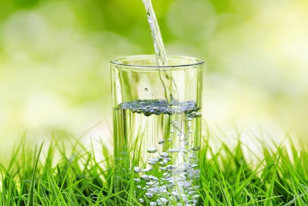 Как похудеть на 10 кг за неделю с помощью воды?