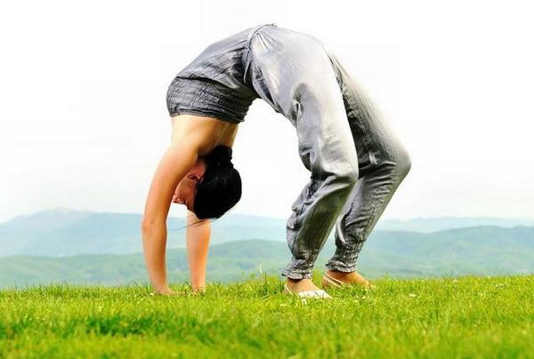 Как научиться вставать на мостик из разных положений комплекс упражнений на гибкость