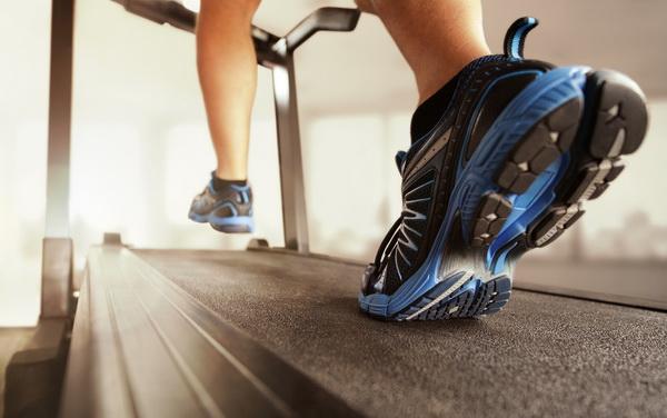 Как выбрать лучшие кроссовки для бега на беговой дорожке полезные советы для начинающих