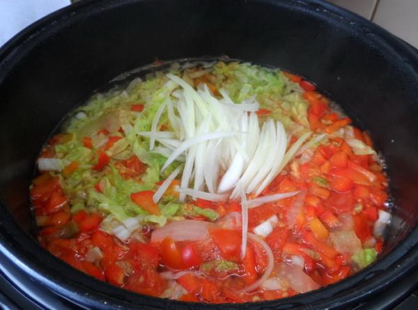 Суп для похудения с сельдереем и помидорами