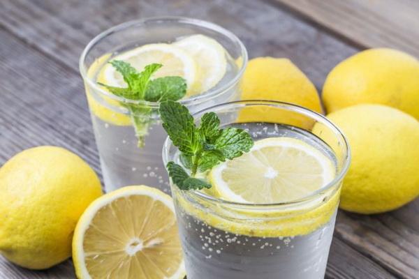 разгрузочные дни на воде с лимоном рецепт