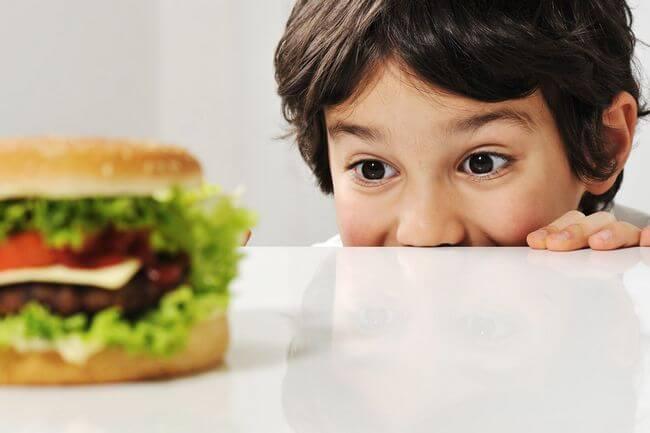 Диета для детей, когда необходима диета для ребенка?